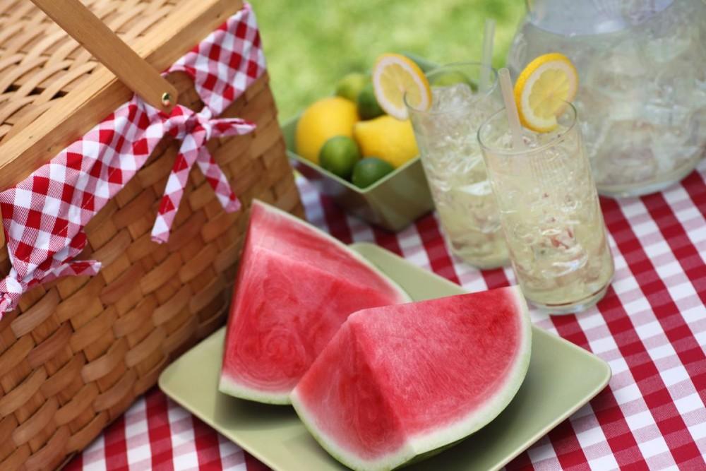 продукты на свежем воздухе летом