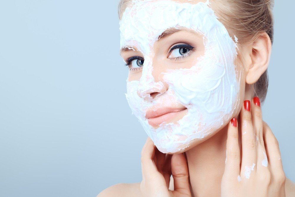 очищение лица с помощью маски
