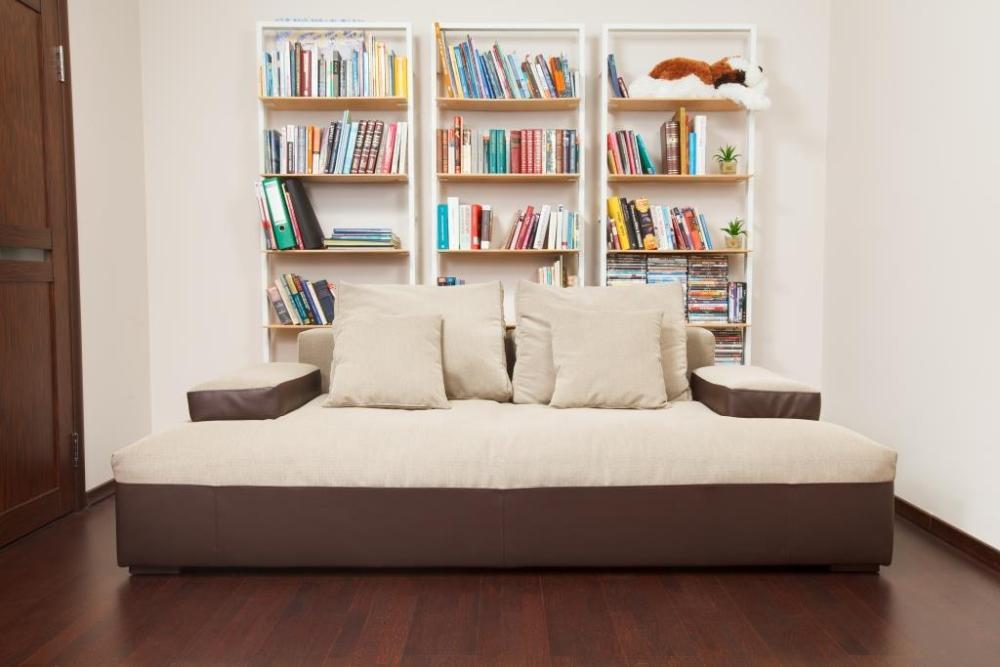 широкий диван