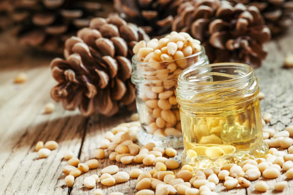 кедровые шишки, орехи, масло