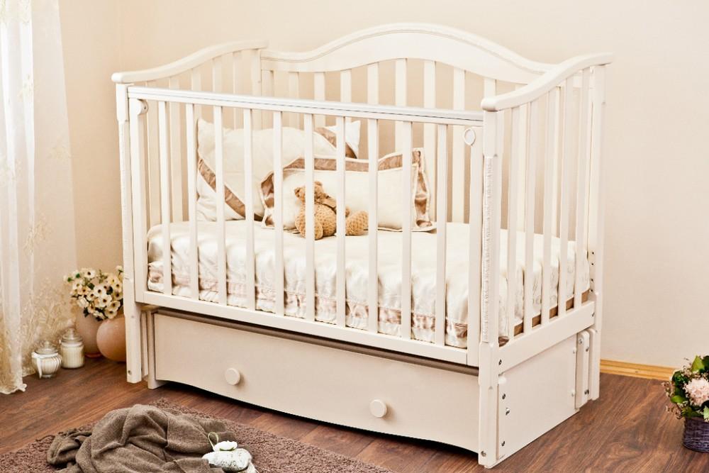 кроватка для новорожденного с нижним ящиком