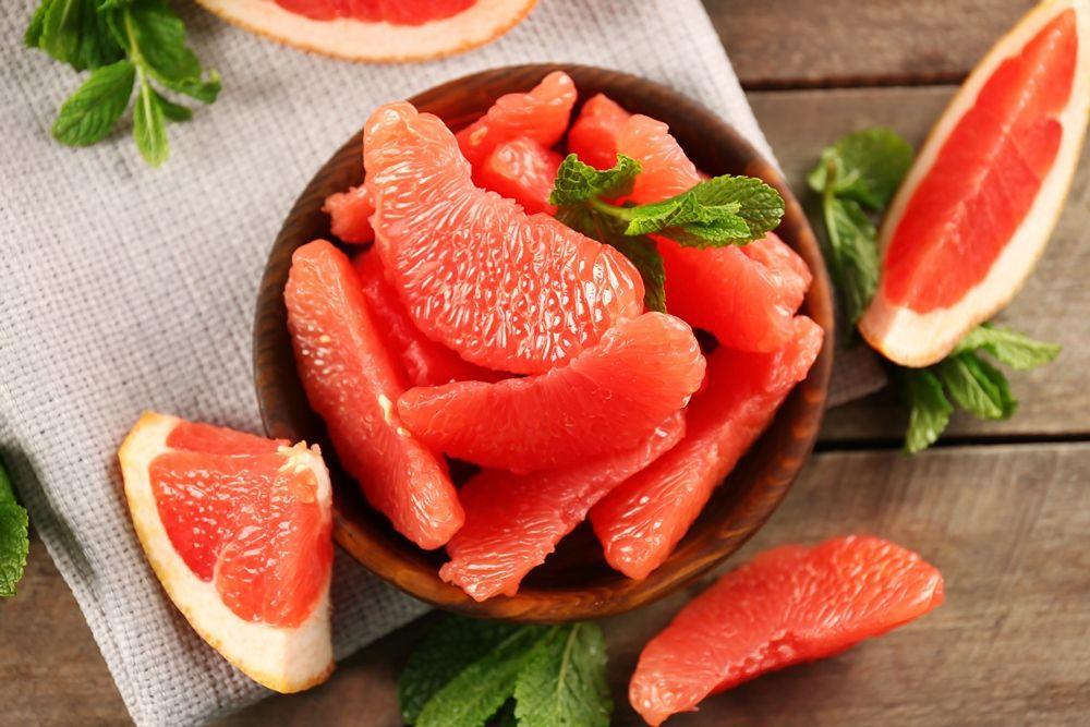 очищенные дольки грейпфрута