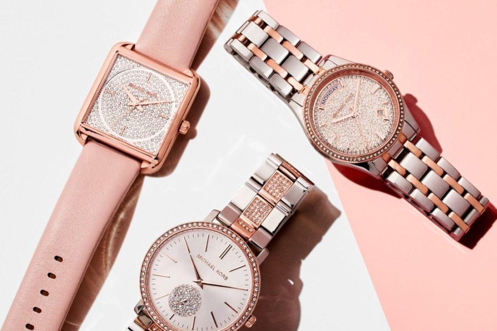 квадратные и круглые женские часы